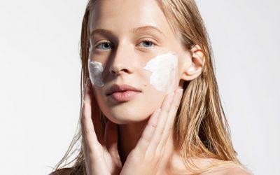 Descobrim les màscares facials i com aplicar-les